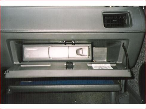 Nissan Micra (K10) 1.2 LX - Fahrzeugbild 9 von 9